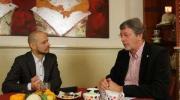 Embedded thumbnail for In gesprek met burgemeester Van Schelven 30 november 2012